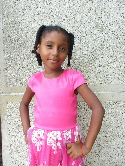 Help Joryeilis by becoming a child sponsor. Sponsoring a child is a rewarding and heartwarming experience.