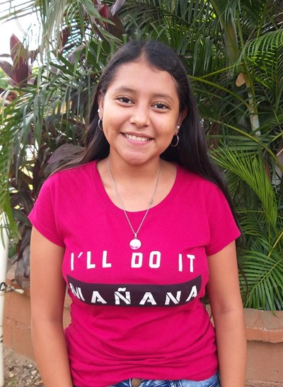 Help Jesica Lizeth by becoming a child sponsor. Sponsoring a child is a rewarding and heartwarming experience.