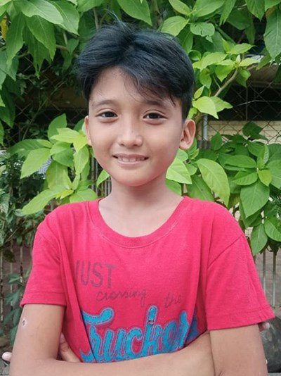 Help Dirk Sebastian B. by becoming a child sponsor. Sponsoring a child is a rewarding and heartwarming experience.