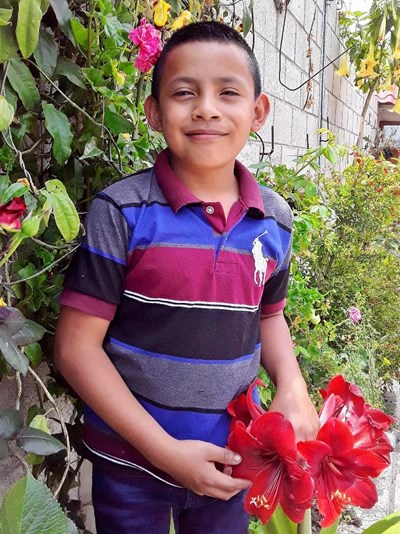 Help Julio Manuel by becoming a child sponsor. Sponsoring a child is a rewarding and heartwarming experience.