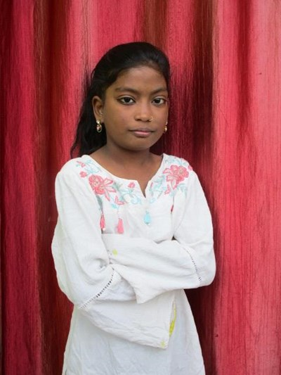 Help Sadhna by becoming a child sponsor. Sponsoring a child is a rewarding and heartwarming experience.