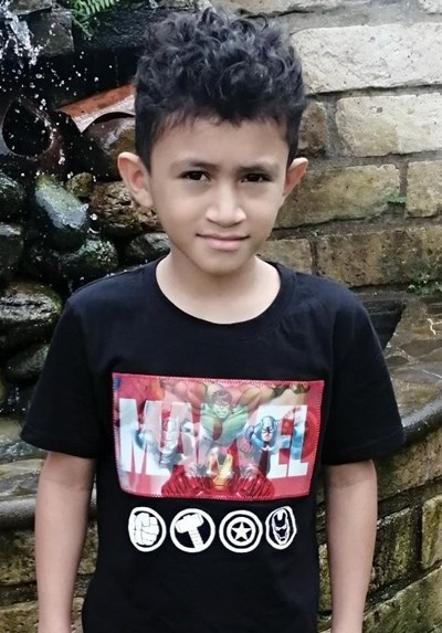 Help Carlos Jhoan by becoming a child sponsor. Sponsoring a child is a rewarding and heartwarming experience.