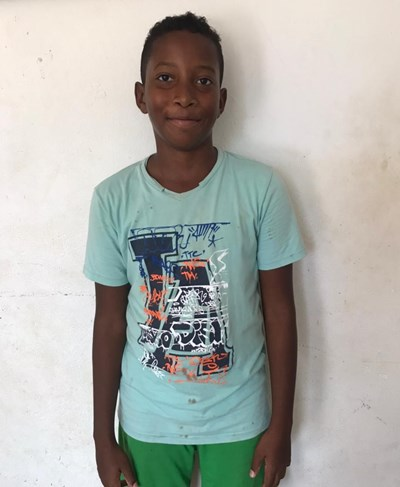 Help Stevan David by becoming a child sponsor. Sponsoring a child is a rewarding and heartwarming experience.