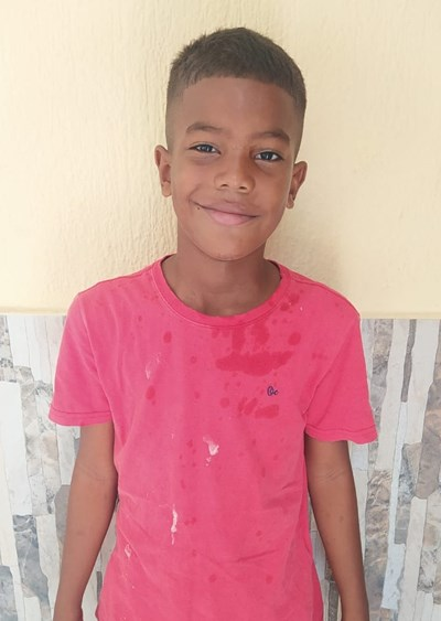 Help Sander Manuel by becoming a child sponsor. Sponsoring a child is a rewarding and heartwarming experience.