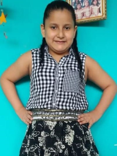 Help Shirley Natasha by becoming a child sponsor. Sponsoring a child is a rewarding and heartwarming experience.