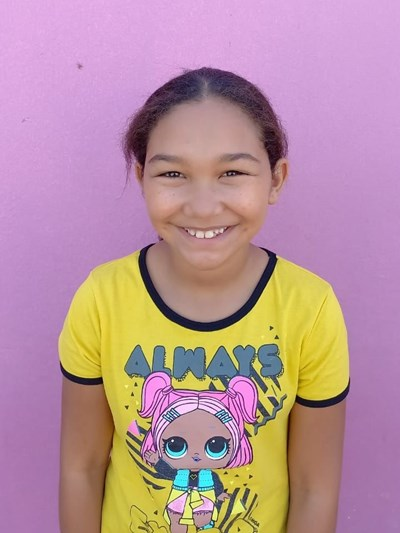 Help Leanni by becoming a child sponsor. Sponsoring a child is a rewarding and heartwarming experience.