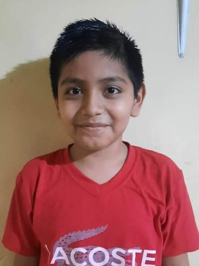 Help Angel Josue by becoming a child sponsor. Sponsoring a child is a rewarding and heartwarming experience.