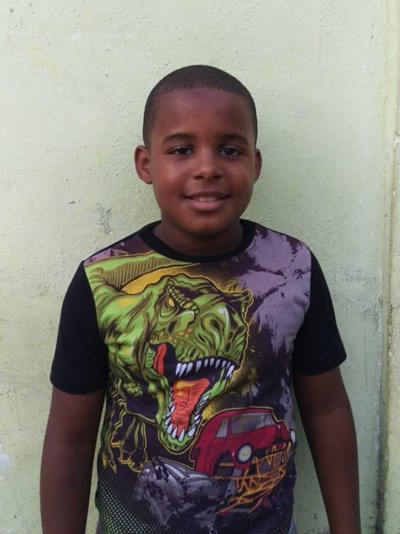 Help Andris Manuel by becoming a child sponsor. Sponsoring a child is a rewarding and heartwarming experience.