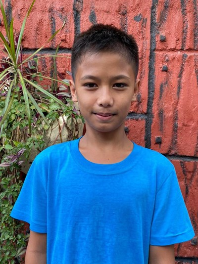 Help Michael Prince D. by becoming a child sponsor. Sponsoring a child is a rewarding and heartwarming experience.