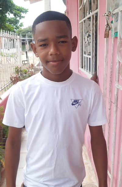 Help Yefferson Jose by becoming a child sponsor. Sponsoring a child is a rewarding and heartwarming experience.