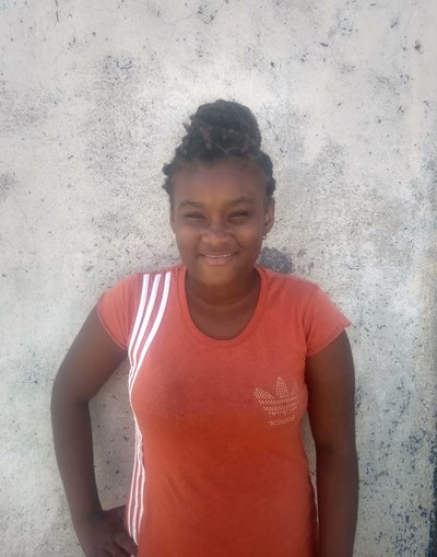Help Yoselin Andrea by becoming a child sponsor. Sponsoring a child is a rewarding and heartwarming experience.