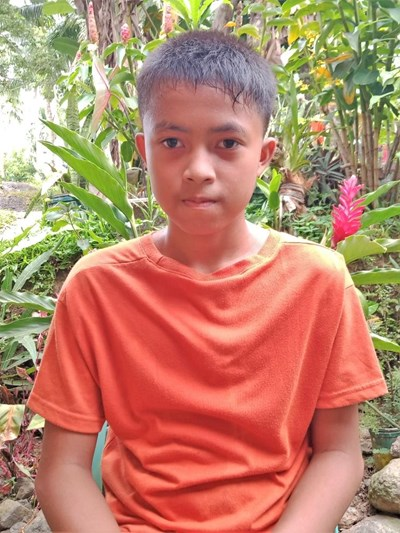 Help Renzo R. by becoming a child sponsor. Sponsoring a child is a rewarding and heartwarming experience.