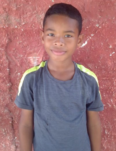 Help Moises by becoming a child sponsor. Sponsoring a child is a rewarding and heartwarming experience.