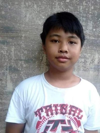 Help Zhenver Aerone F. by becoming a child sponsor. Sponsoring a child is a rewarding and heartwarming experience.