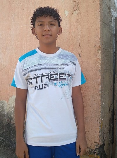 Help Arnol Andres by becoming a child sponsor. Sponsoring a child is a rewarding and heartwarming experience.