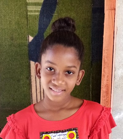 Help Dahiany by becoming a child sponsor. Sponsoring a child is a rewarding and heartwarming experience.