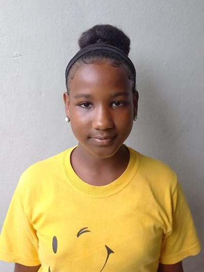 Help Nashil Arlenis by becoming a child sponsor. Sponsoring a child is a rewarding and heartwarming experience.