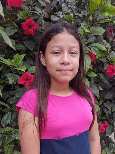 Help Adriana Jorley by becoming a child sponsor. Sponsoring a child is a rewarding and heartwarming experience.