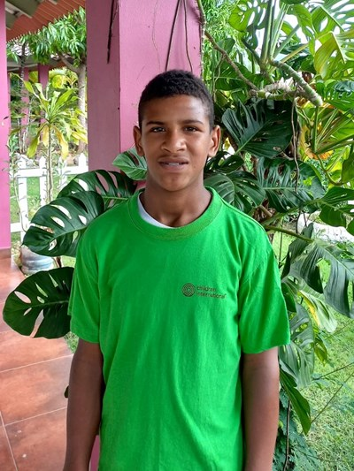 Help Frayelin Ariel by becoming a child sponsor. Sponsoring a child is a rewarding and heartwarming experience.