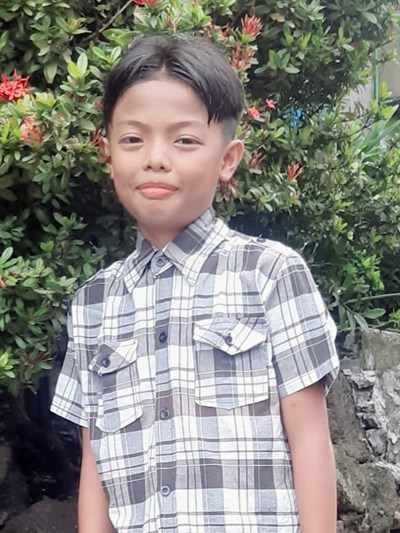 Help Roel Uno T. by becoming a child sponsor. Sponsoring a child is a rewarding and heartwarming experience.