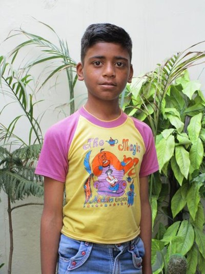 Help Lokesh by becoming a child sponsor. Sponsoring a child is a rewarding and heartwarming experience.