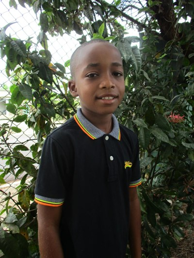 Help Dariangel by becoming a child sponsor. Sponsoring a child is a rewarding and heartwarming experience.