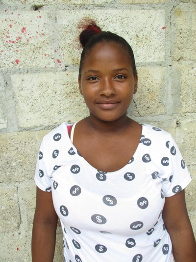 Help Genary Ivelise by becoming a child sponsor. Sponsoring a child is a rewarding and heartwarming experience.