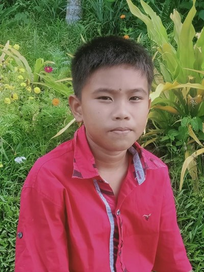 Help Gerald B. by becoming a child sponsor. Sponsoring a child is a rewarding and heartwarming experience.