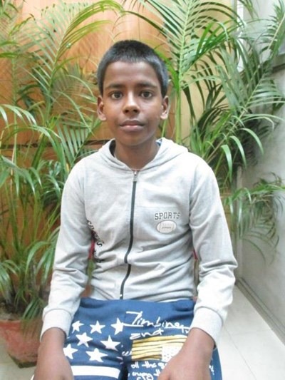 Help Tishanjeet by becoming a child sponsor. Sponsoring a child is a rewarding and heartwarming experience.