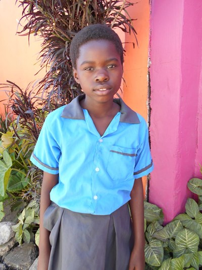 Help Vainess by becoming a child sponsor. Sponsoring a child is a rewarding and heartwarming experience.
