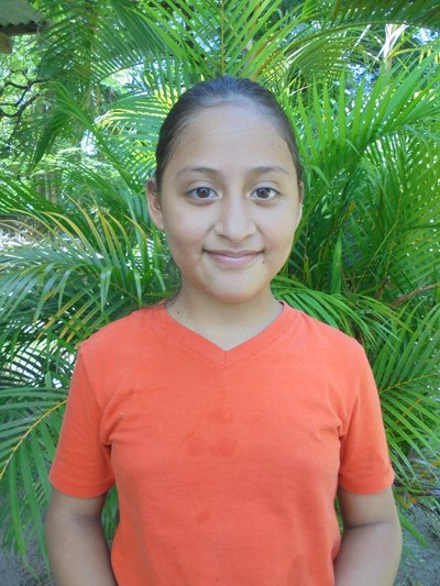 Help Briana Yareniz by becoming a child sponsor. Sponsoring a child is a rewarding and heartwarming experience.