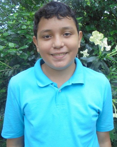 Help Jonatan Lorenzo by becoming a child sponsor. Sponsoring a child is a rewarding and heartwarming experience.