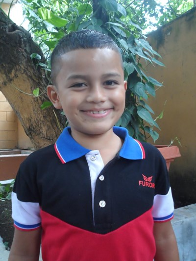 Help Denis Jahir by becoming a child sponsor. Sponsoring a child is a rewarding and heartwarming experience.