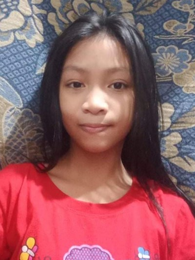 Help Rachelle by becoming a child sponsor. Sponsoring a child is a rewarding and heartwarming experience.