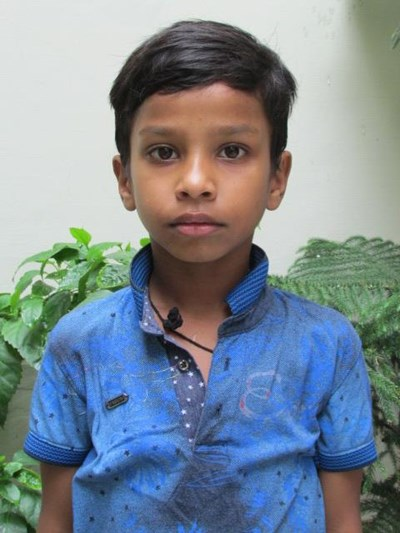 Help Fehjaan by becoming a child sponsor. Sponsoring a child is a rewarding and heartwarming experience.