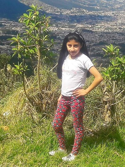 Help Danna Mikaela by becoming a child sponsor. Sponsoring a child is a rewarding and heartwarming experience.