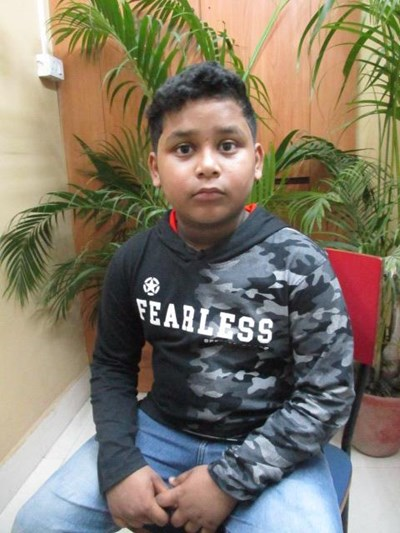 Help Subhojit by becoming a child sponsor. Sponsoring a child is a rewarding and heartwarming experience.