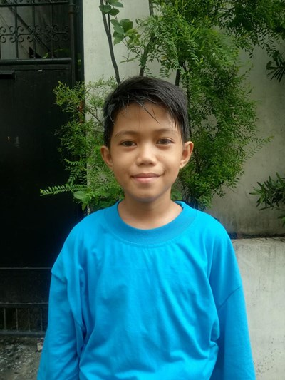 Help John Carlo U. by becoming a child sponsor. Sponsoring a child is a rewarding and heartwarming experience.