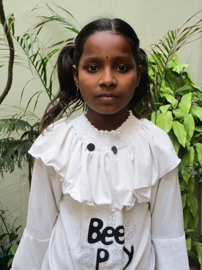 Help Suman by becoming a child sponsor. Sponsoring a child is a rewarding and heartwarming experience.