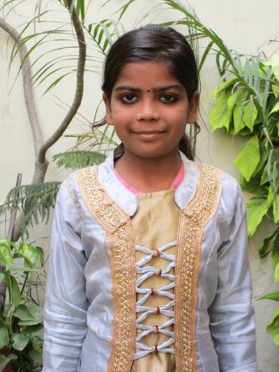 Help Alisha by becoming a child sponsor. Sponsoring a child is a rewarding and heartwarming experience.