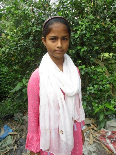 Help Sumana by becoming a child sponsor. Sponsoring a child is a rewarding and heartwarming experience.