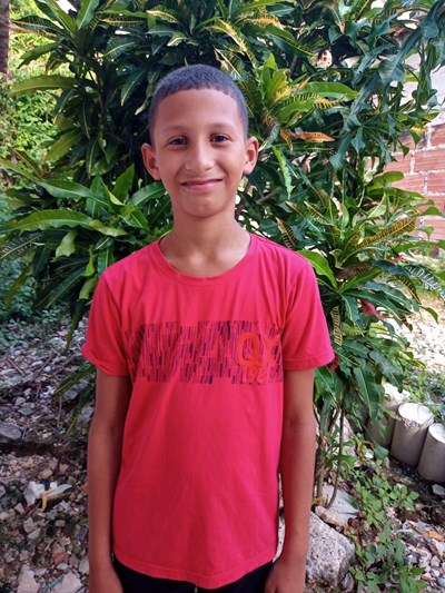 Help Javier David by becoming a child sponsor. Sponsoring a child is a rewarding and heartwarming experience.