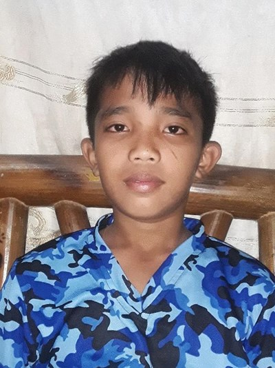 Help Alexis Jhay S. by becoming a child sponsor. Sponsoring a child is a rewarding and heartwarming experience.