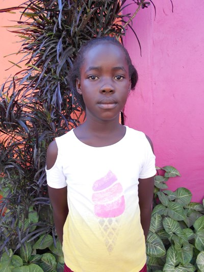 Help Evelyn by becoming a child sponsor. Sponsoring a child is a rewarding and heartwarming experience.