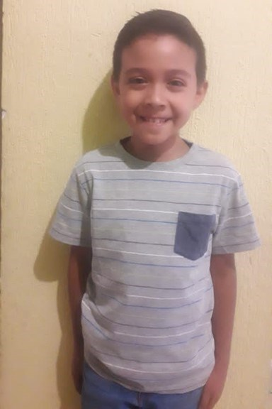 Help Roberto Carlos by becoming a child sponsor. Sponsoring a child is a rewarding and heartwarming experience.