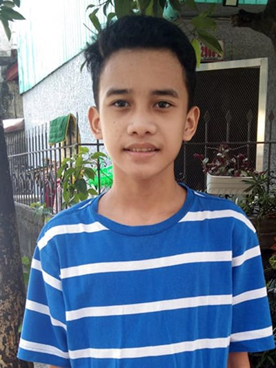 Help Adrian Renz V. by becoming a child sponsor. Sponsoring a child is a rewarding and heartwarming experience.