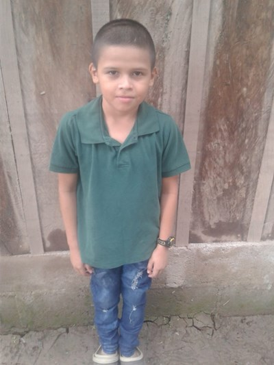 Help Ronald Isaet by becoming a child sponsor. Sponsoring a child is a rewarding and heartwarming experience.