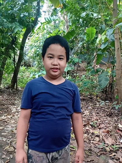 Help Limuel C. by becoming a child sponsor. Sponsoring a child is a rewarding and heartwarming experience.