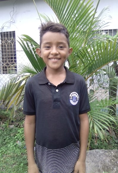 Help Yonny Adolfo by becoming a child sponsor. Sponsoring a child is a rewarding and heartwarming experience.