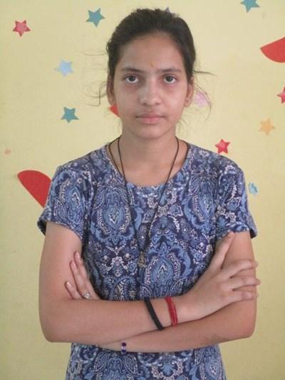 Ayude a Namita apadrinándole hoy. El apadrinamiento es una experiencia hermosa y gratificante.